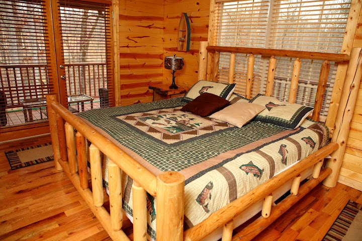 Bon Helen, GA Luxury Cabin Rentals Fit For A Movie Star