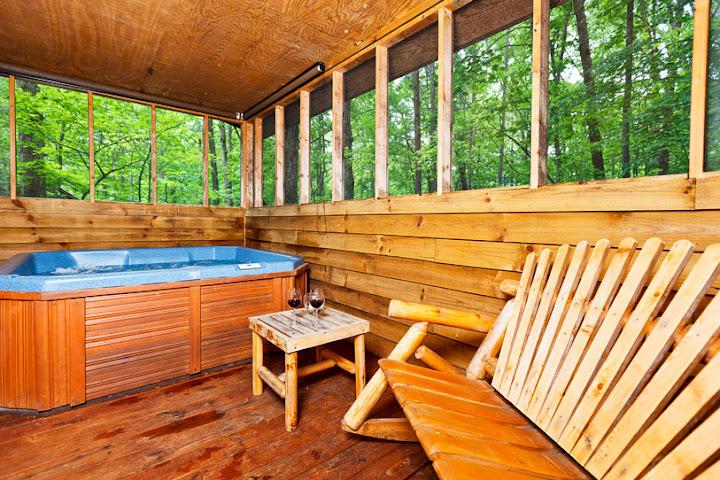 hot tub cabins in helen ga