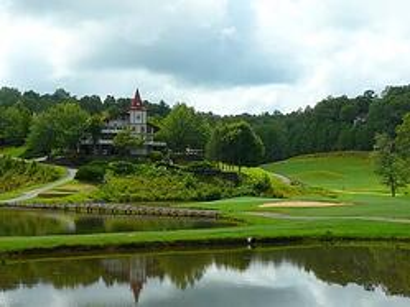 innsbruck golf course near hummingbird lodge in helen ga