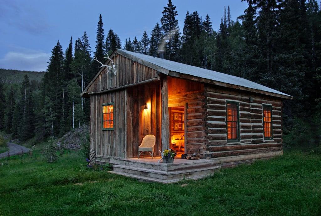 rose accommodations exterior rentals cabin cabins helen ga cherokee pinnacle rental inc