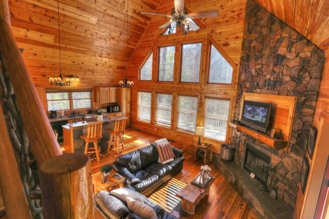 cabin-rental-romance.jpg