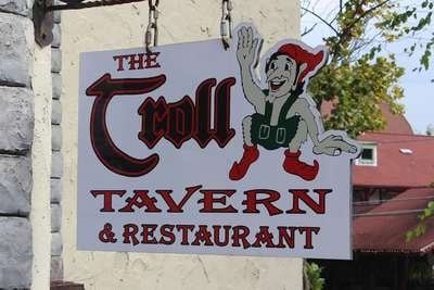 troll tavern helen ga food