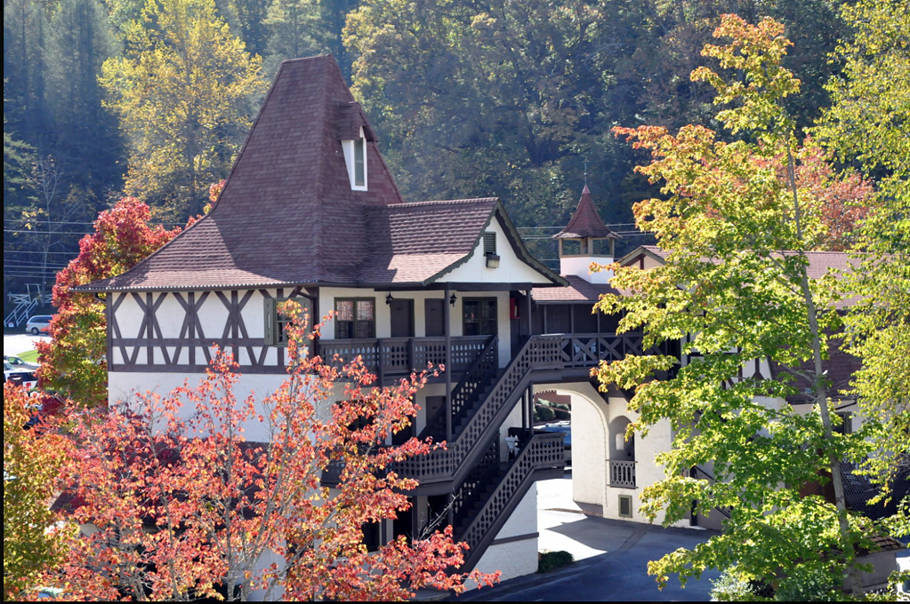 Helendorf River Inn Suites