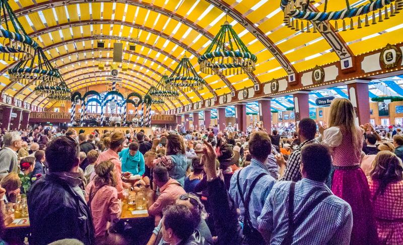 Festhalle-Oktoberfest-Trivia-Tradition