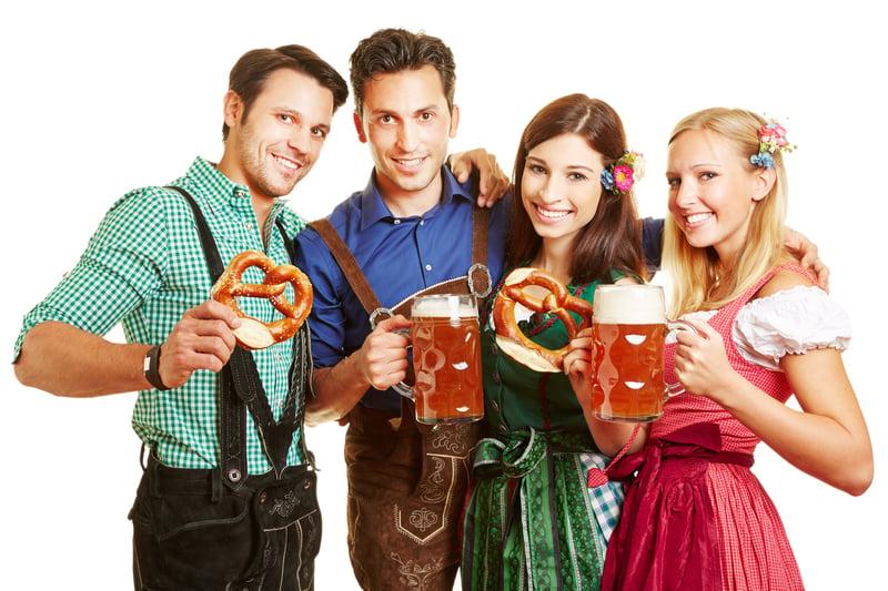 Lederhosen_Dirdnl_Where_to_EAt_Oktoberfest_shutterstock_211012855