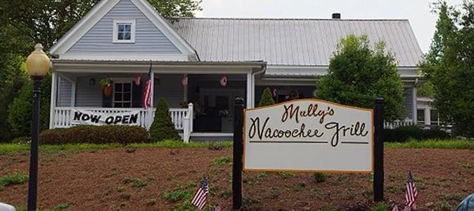 mullys-nacoochee-grill.jpg