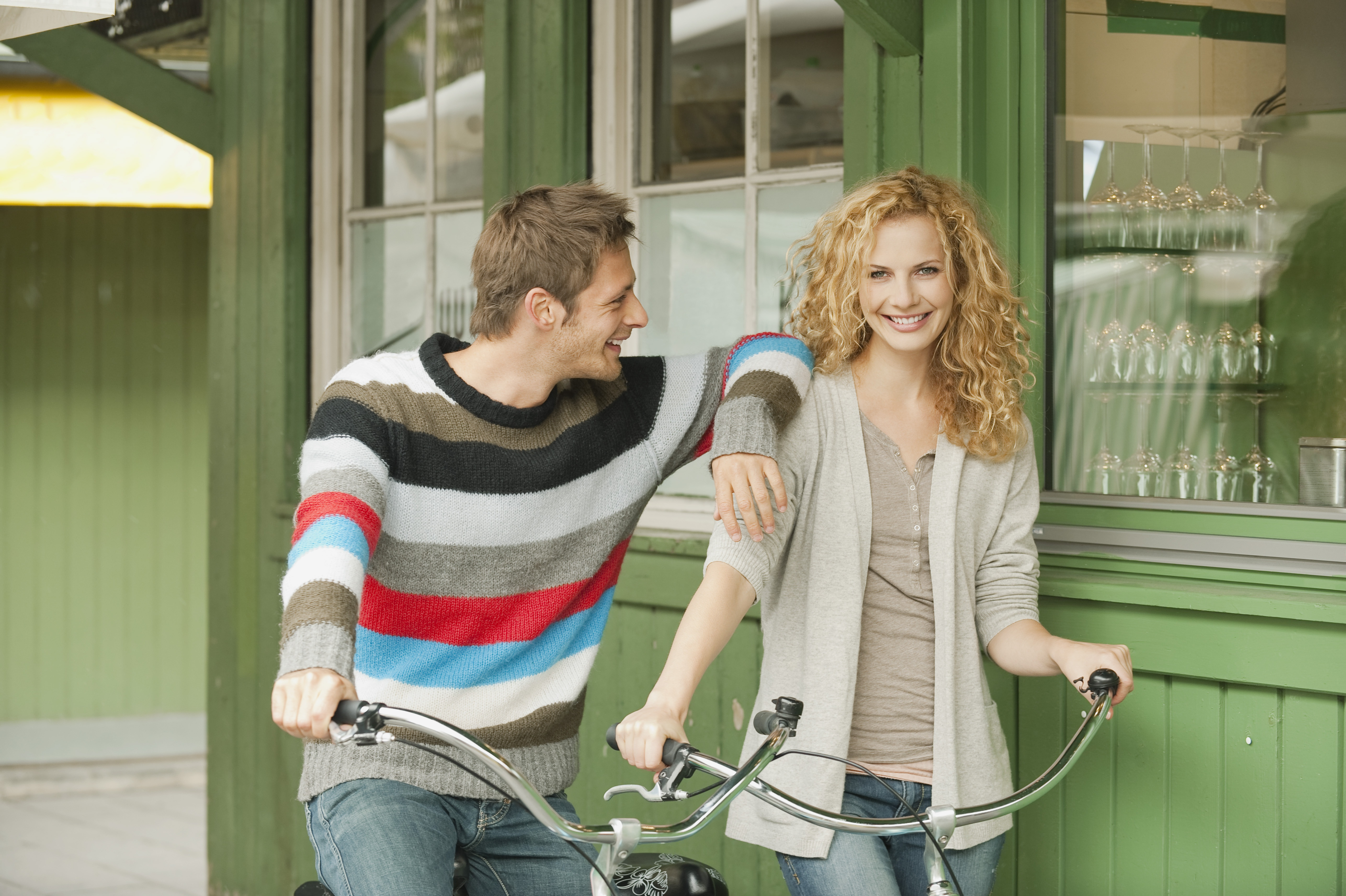 romance_couple_biking_shutterstock.jpg