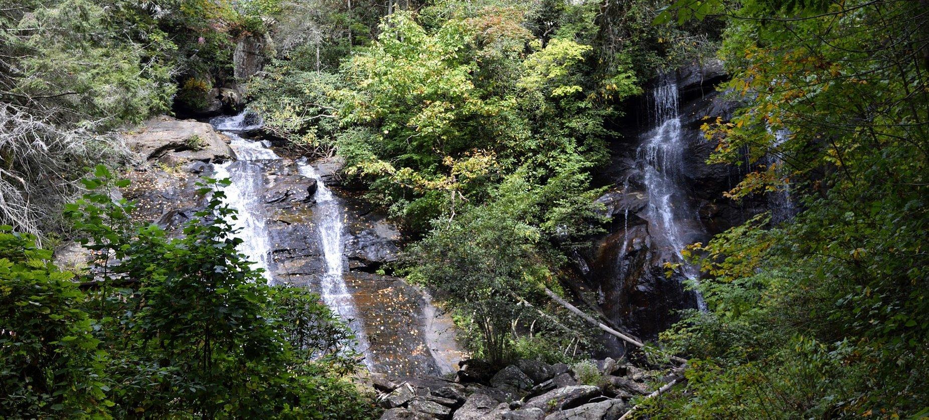 Cedar-Creek-Cabin-Rentals-Helen-Georgia-home-Ana-Ruby-falls-Spring-banner-1