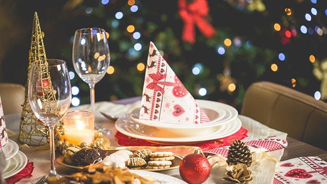 Christmas-Eve-Traditional-Holiday-Cedar-Creek-Cabin-Rentals-Helen-GA