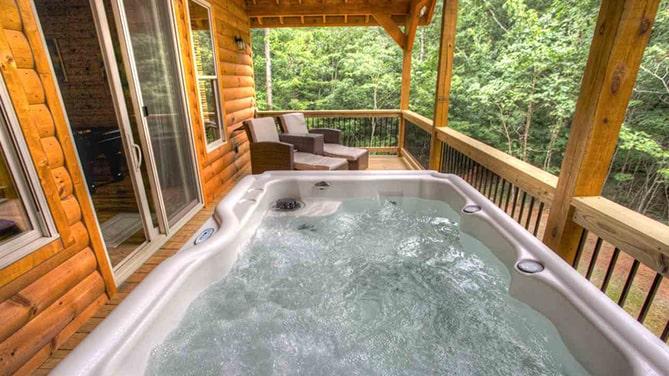 North-Georgia-Hot-Tub-Tips-Cedar-Creek-Cabin-Rentals-Helen-Georgia-inside-jacuzzi-image-2