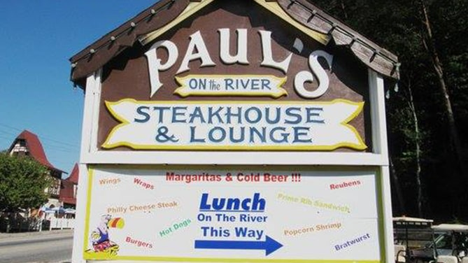 Pauls-Steakhouse-Lounge-Cedar-Creek-Cabin-Rentals-Helen-Georgia-pic-1