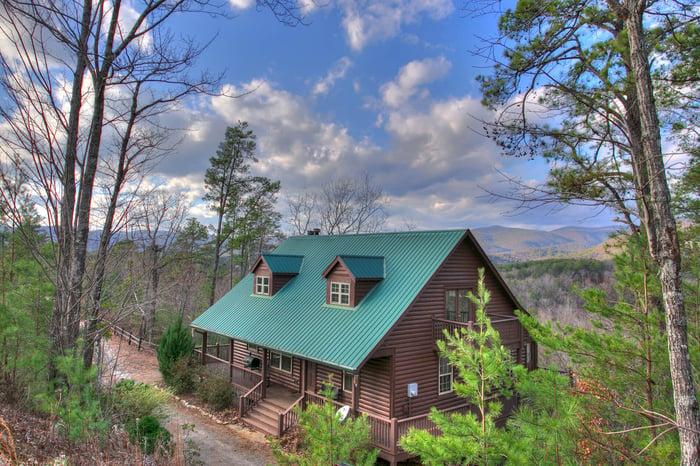 Summit-Cedar-Creek-Cabin-Rentals-Helen-Georgia-top-banner