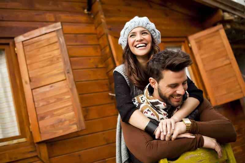 couples-romance-shutterstock_162968936
