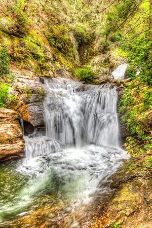 cris-anzai-stock-photo-dukes-creek-falls-69403113-tiny