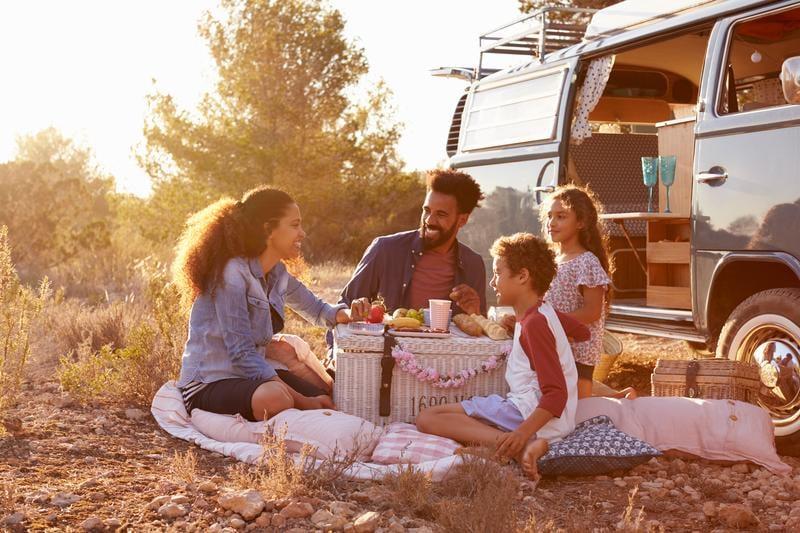 family-picnic-adventure