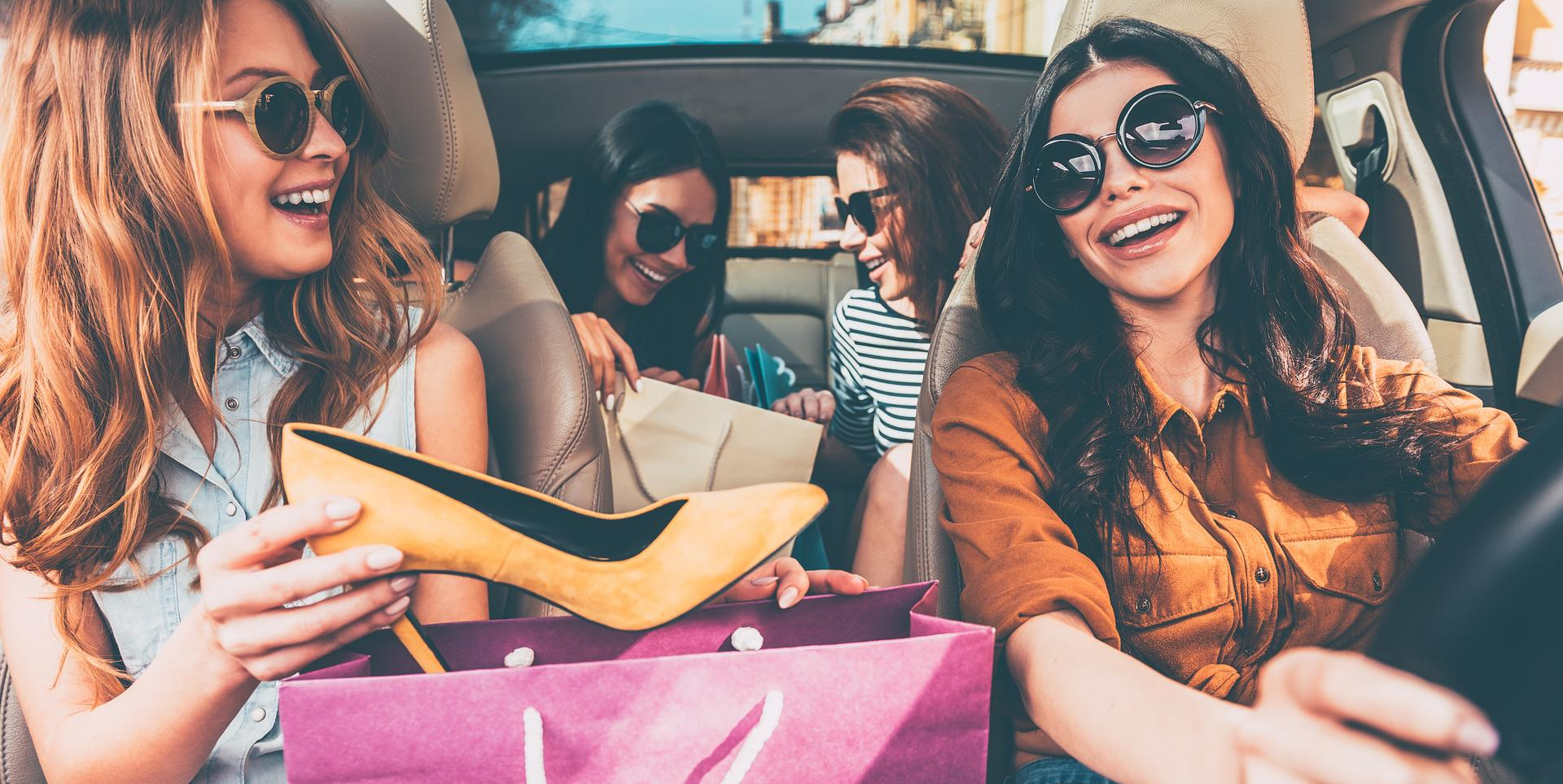 girls-shopping-experience-car-sliced