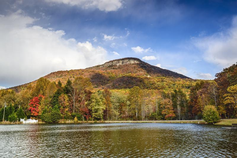 lake-north-georgia-mountain-shutterstock_214167586