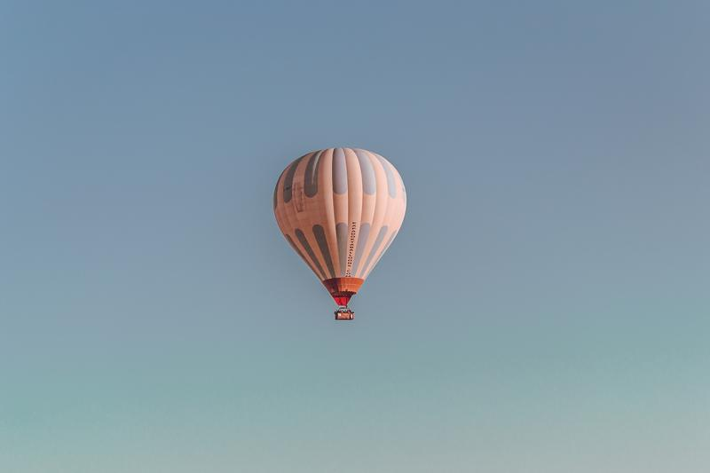 one-hot-air-balloon-jon-1064680-unsplash