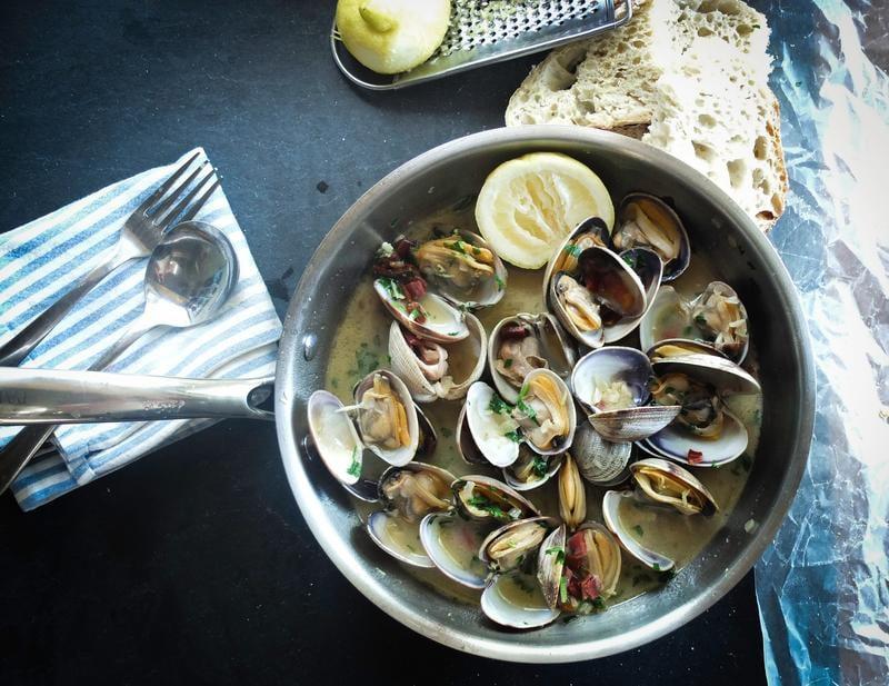 seafood-adrien-sala-46727-unsplash