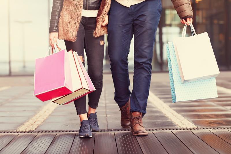 shopping-shutterstock_428604085