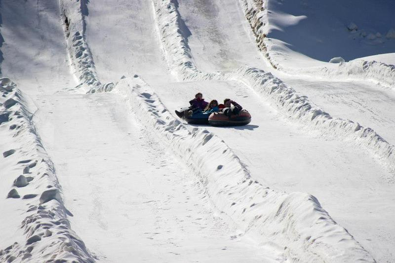 snow-tubing-scaly-mountain