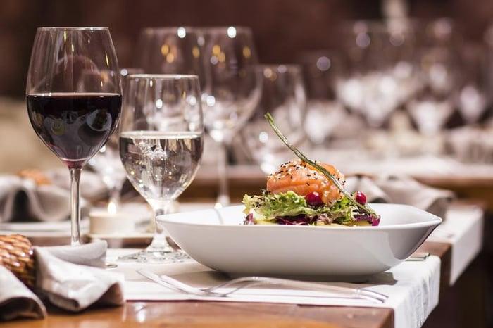 table-glasses-wine-shutterstock_167577659