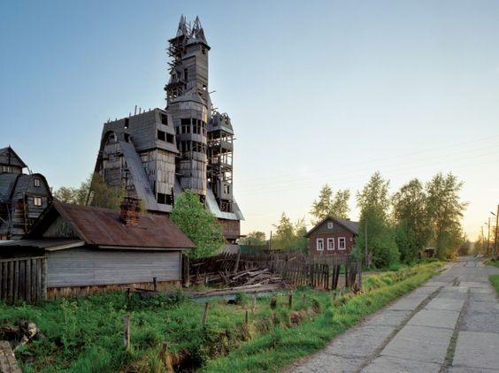 tallest-cabin-russia