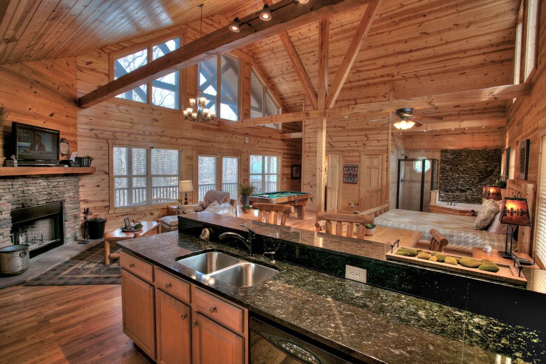 Romantic Cabin Rental | Allure | Helen GA