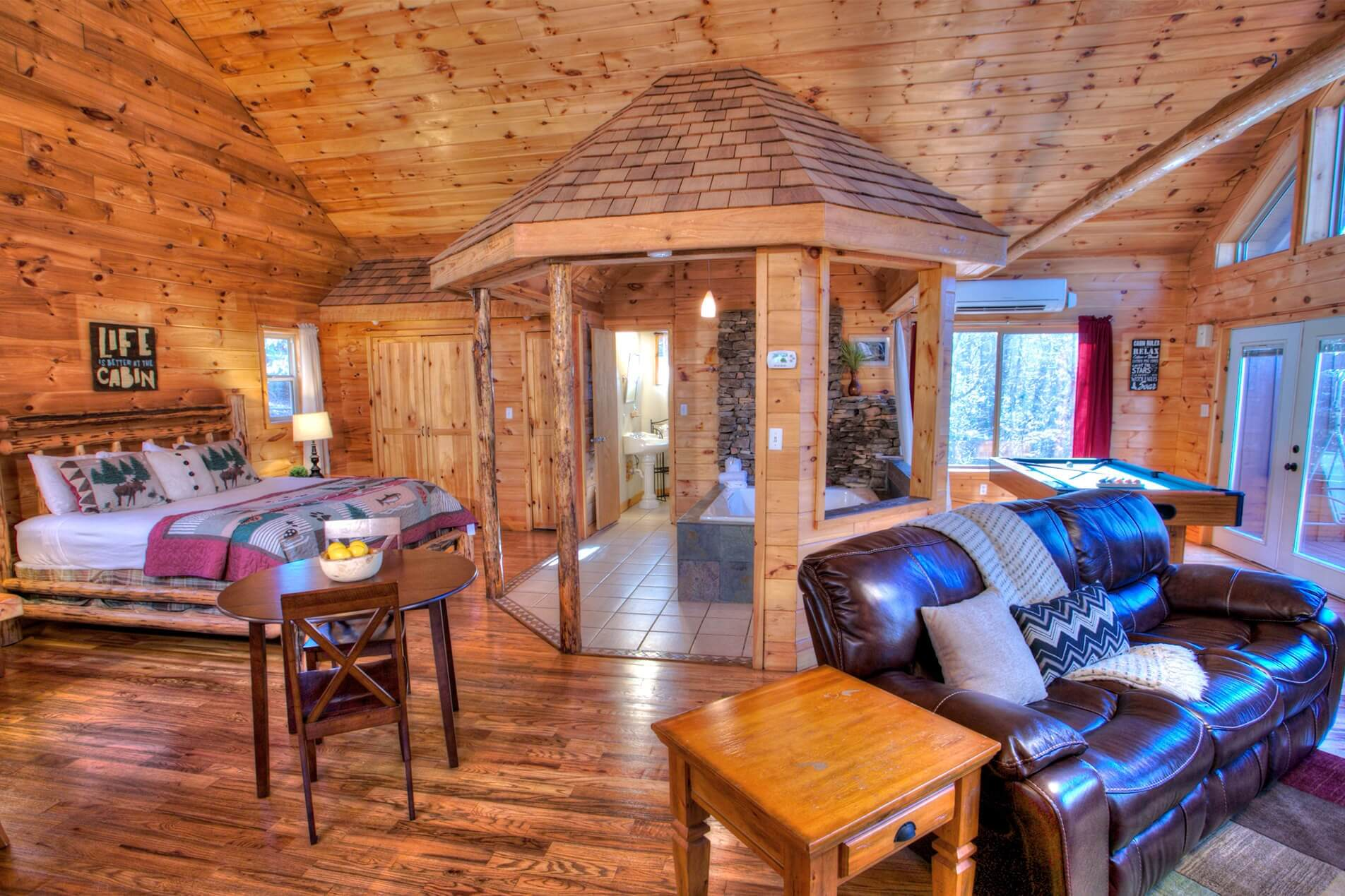 Romantic Cabin In Georgia Enchantment