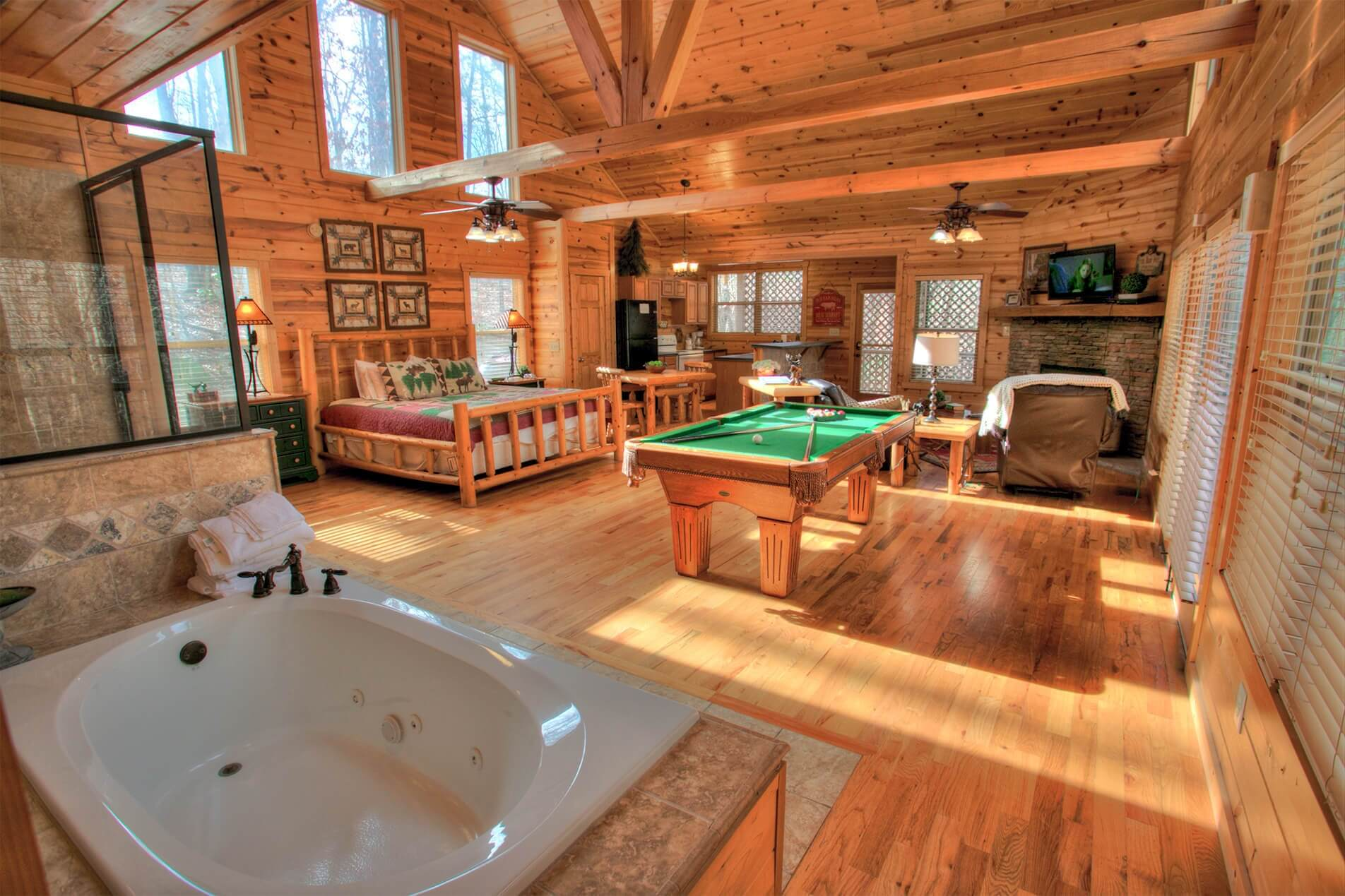 Helen Ga Cabin Rental For Couples Escape Hot Tub Getaway