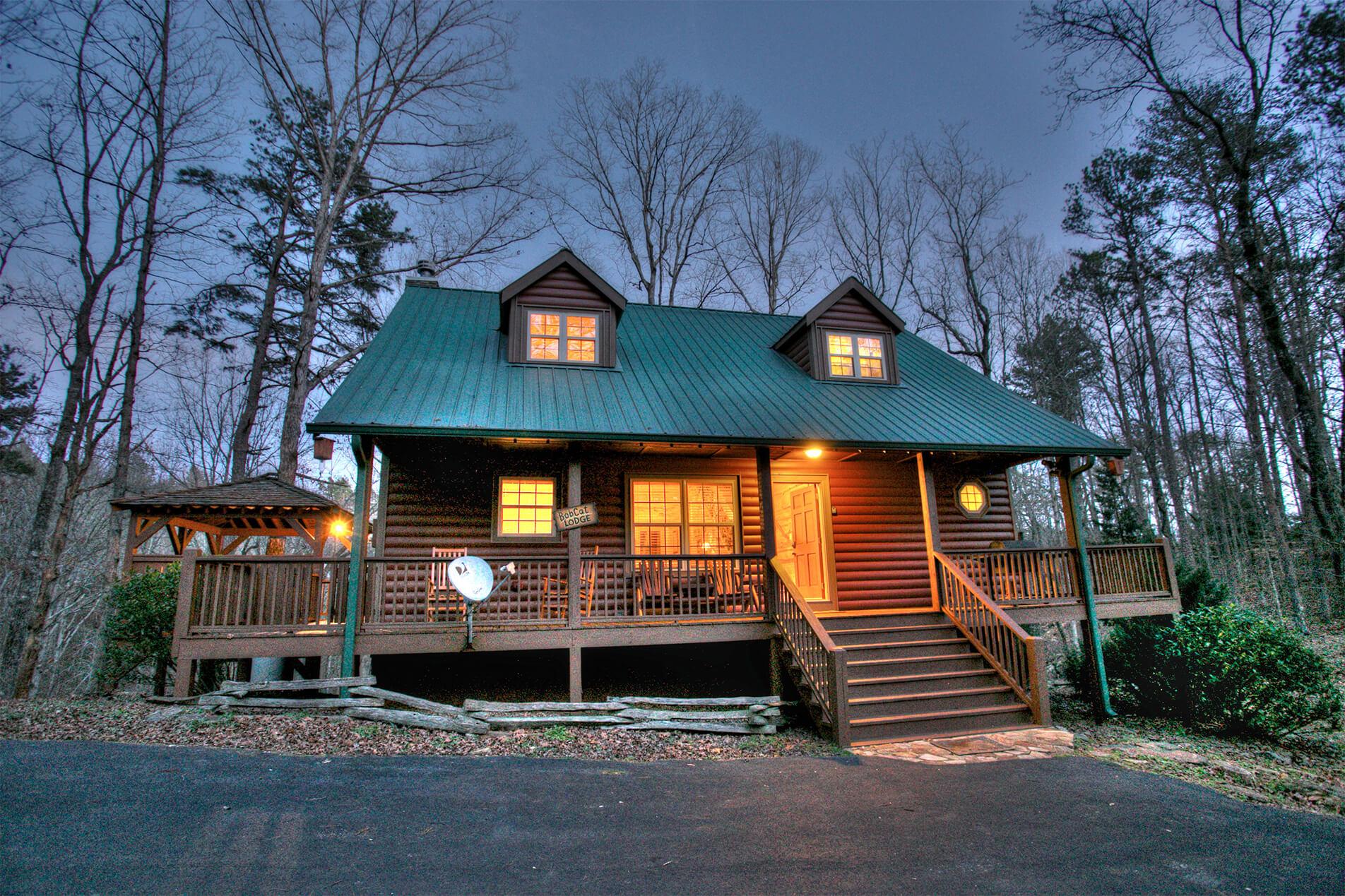 Luxury cabin rentals in blue ridge ga north georgia for Helen luxury cabin rentals