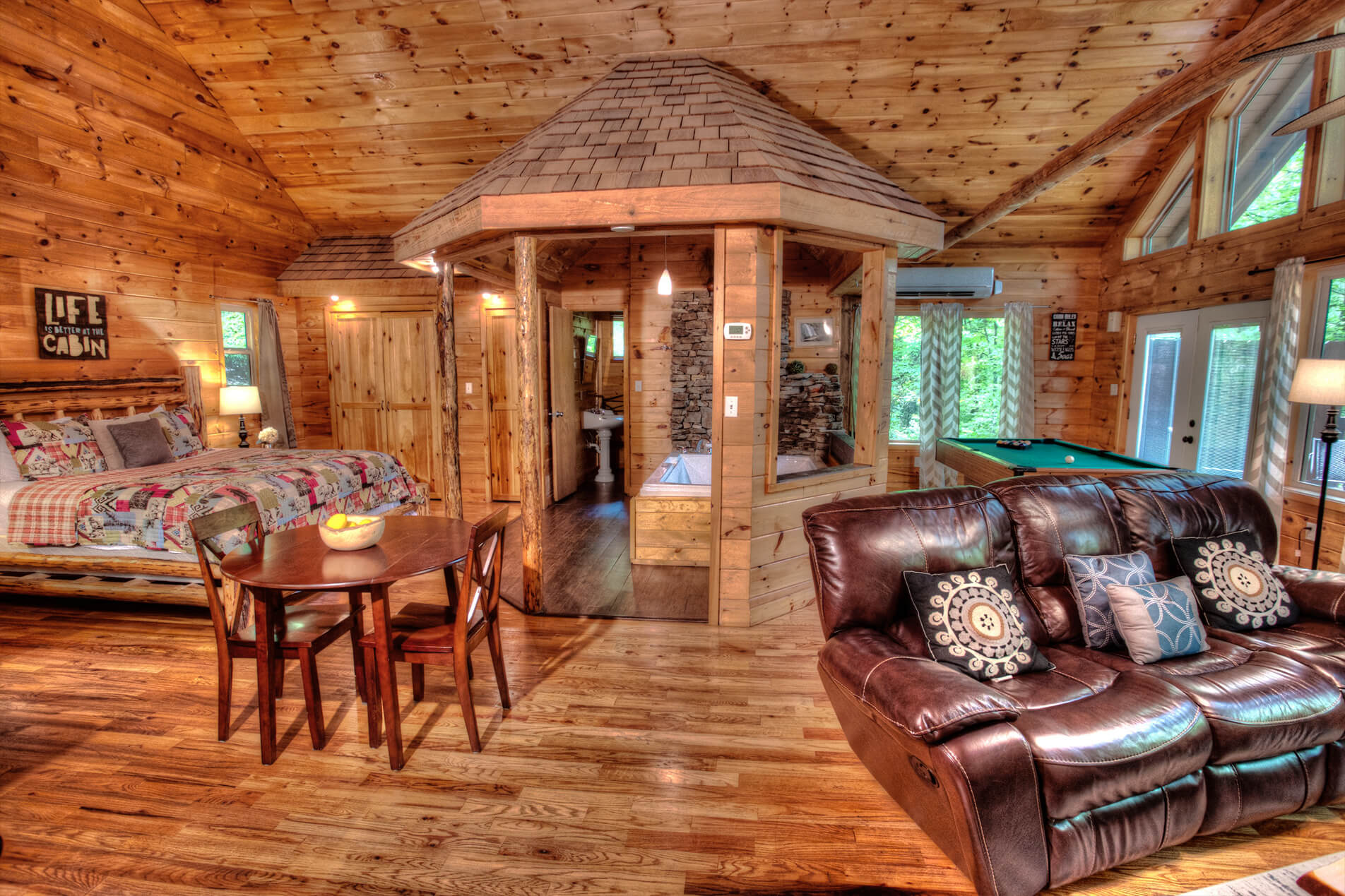 tub cheap cabin cabins owner river mountain pet georgia in rentals hot with by north luxury ga friendly