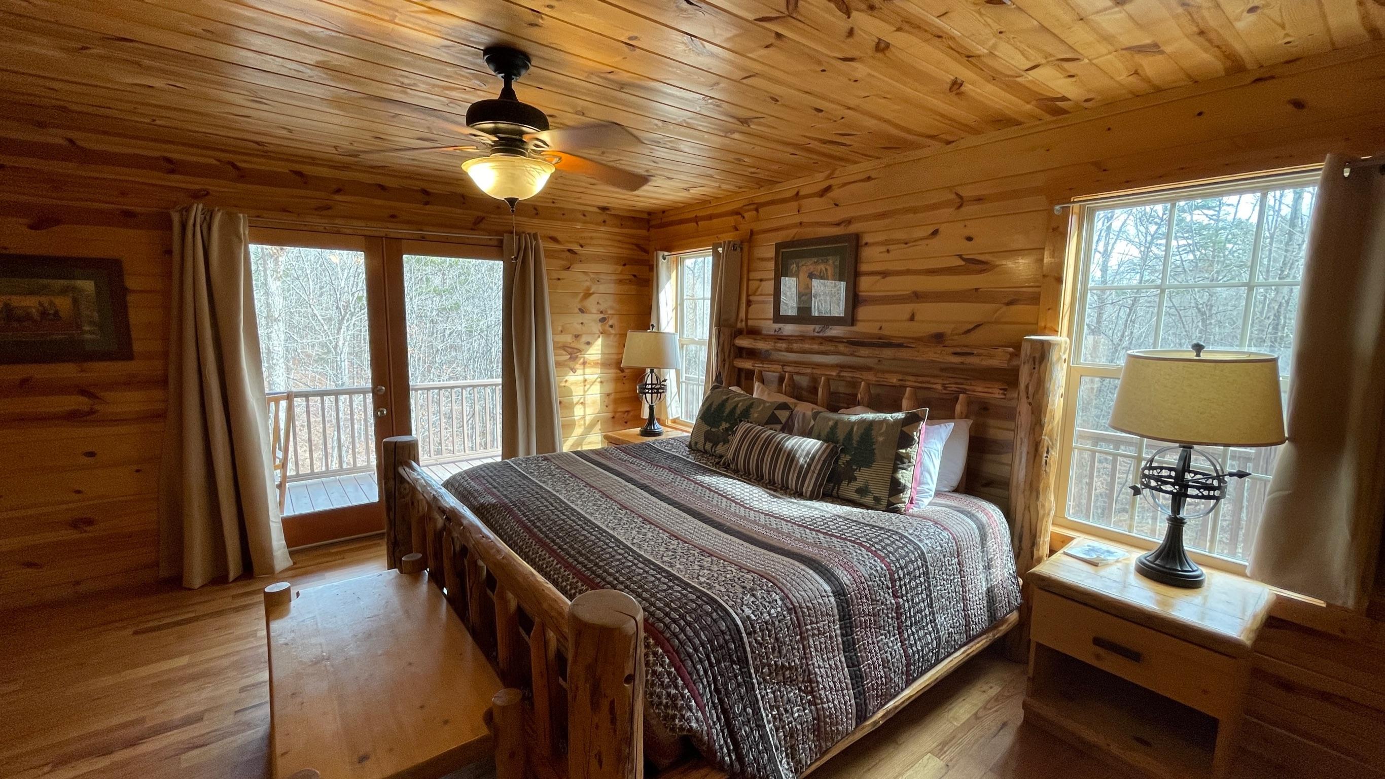 paradise-bedroom-helen-ga-cabin