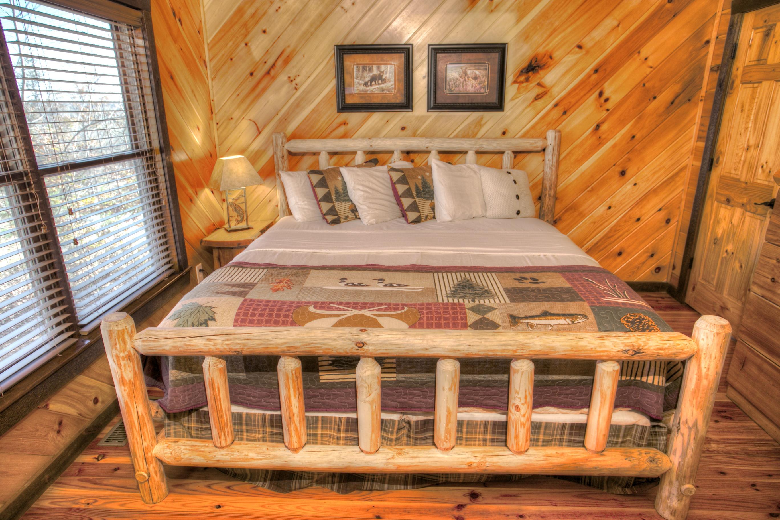 oak-hill-helen-ga-bedroom