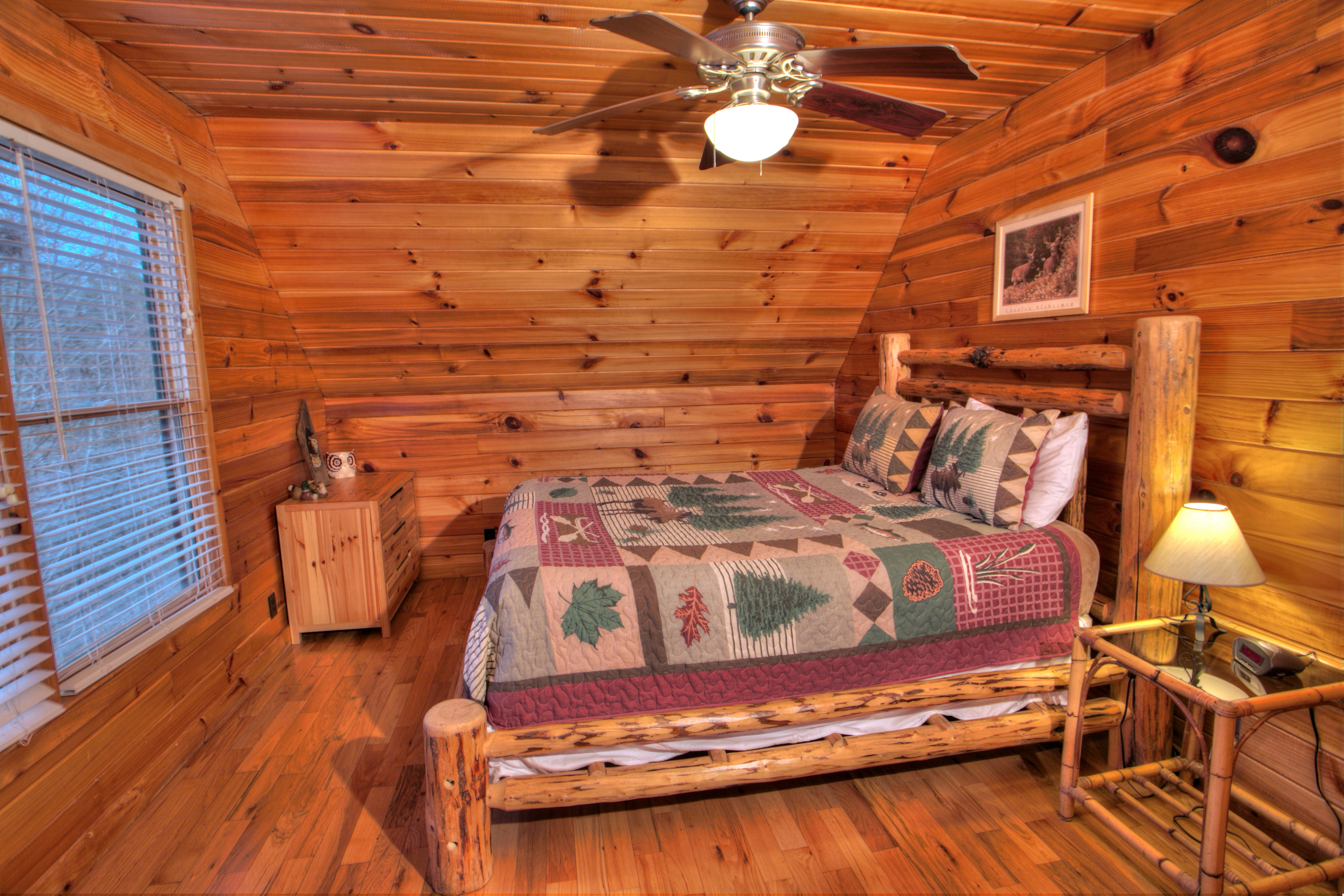 trout-lily-cabin-helen-ga-rentals-bed
