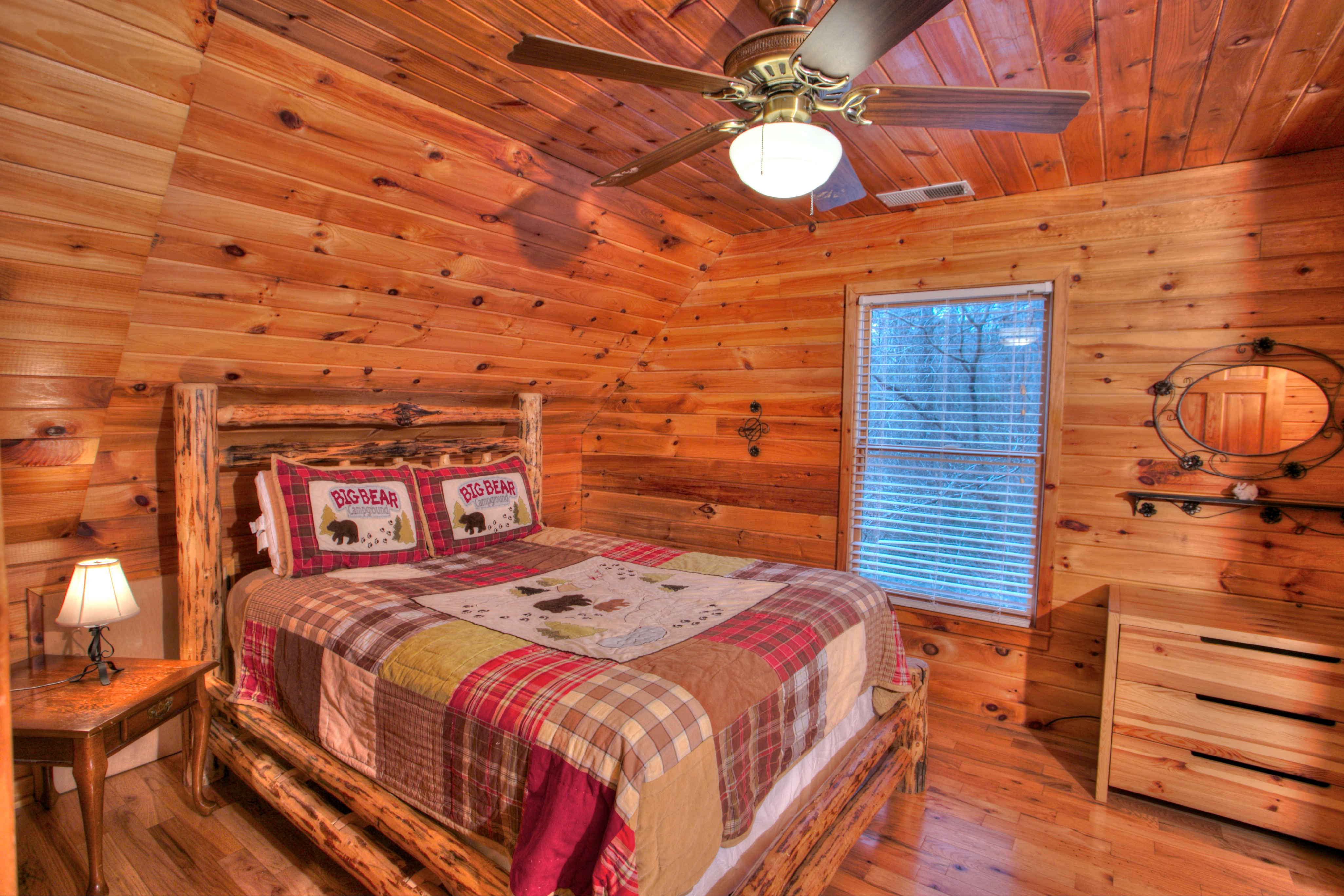 trout-lily-cabin-helen-ga-bed-rentals